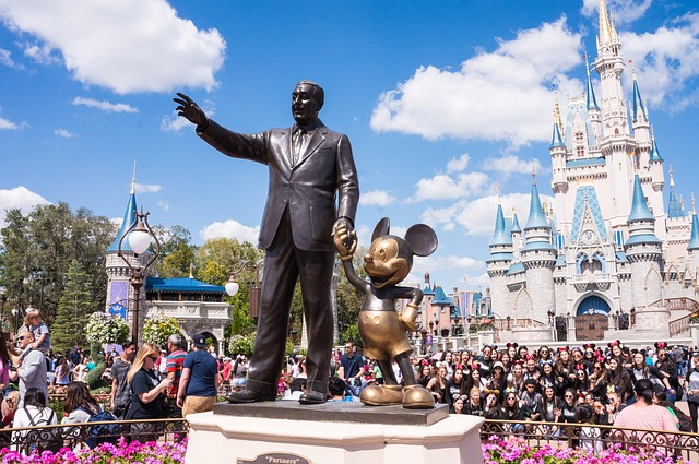 Orlando long distance movers take you to Disneyland